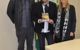 http://www.cantodeluz.com.br/imagens/h163_w260__Registros de áudio e vídeo do Canto de Luz são entregues à Secretaria de Estado da Cultura