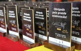https://www.cantodeluz.com.br/imagens/h163_w260__Accal presta homenagem a apoiadores do Canto de Luz