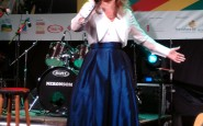 Fátima Gimenez cantou o Hino Rio-grandense