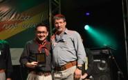 Presidente do Festival Vinícios Hoch recebeu medalha da Assembleia Legislativa das mãos do deputado Junior Piaia