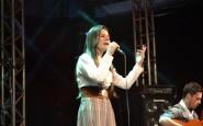 Nathalia de Carli Kollet cantou Sinceridade no Palco do CTG Clube Farroupilha (3).JPG