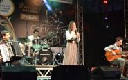 Nathalia de Carli Kollet cantou Sinceridade no Palco do CTG Clube Farroupilha (1).JPG