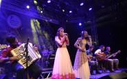 Mirim - Kaiany Geller, de Selbach, subiu ao palco para interpretar o chamamé Do fundo da Alma (3).JPG
