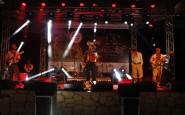 Show de encerramento com Raone e grupo Alma Xucra