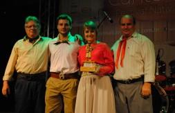 03 - 2º lugar Fase Local – troféu Vanderley Agostinho Burmann – Um Canto pra Vida.jpg
