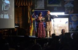 Apresentadores da 1ª Lamparina da Canção Gaúcha.JPG