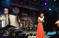 Mirim - Luiza Barbosa Dias, de Sapiranga, apresentou a canção Amor à Terra (1).JPG