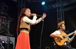 Mirim - Luiza Barbosa Dias, de Sapiranga, apresentou a canção Amor à Terra (2).JPG