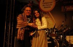 Nathalia de Carli Kollet - Primeiro lugar da categoria Juve
